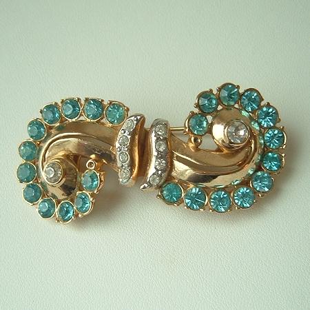 Vintage Coro Art Deco Style Gold Plated Aqua Rhinestones Duette Brooch