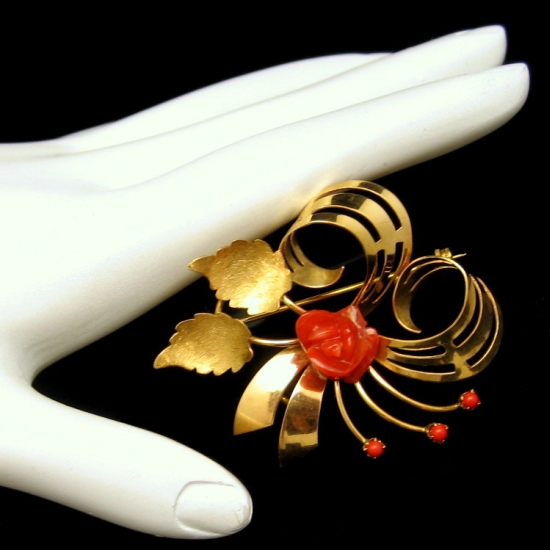 Vintage Italy 18K 750 Gold Swirled Flower Brooch Pin Pendant Red Coral Rose