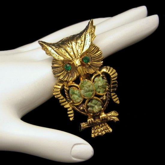 Vintage Big Figural Jade Owl Statement Brooch Pin Green Rhinestones Nice Detail