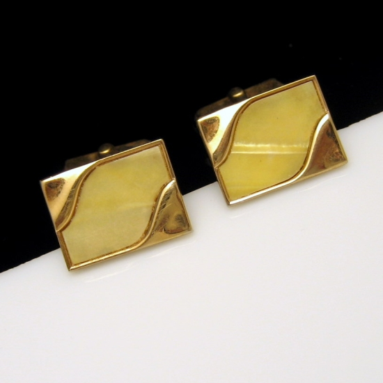 SWANK Vintage Mens Cufflinks Shiny Goldtone Faux Mother of Pearl MOP Swirls