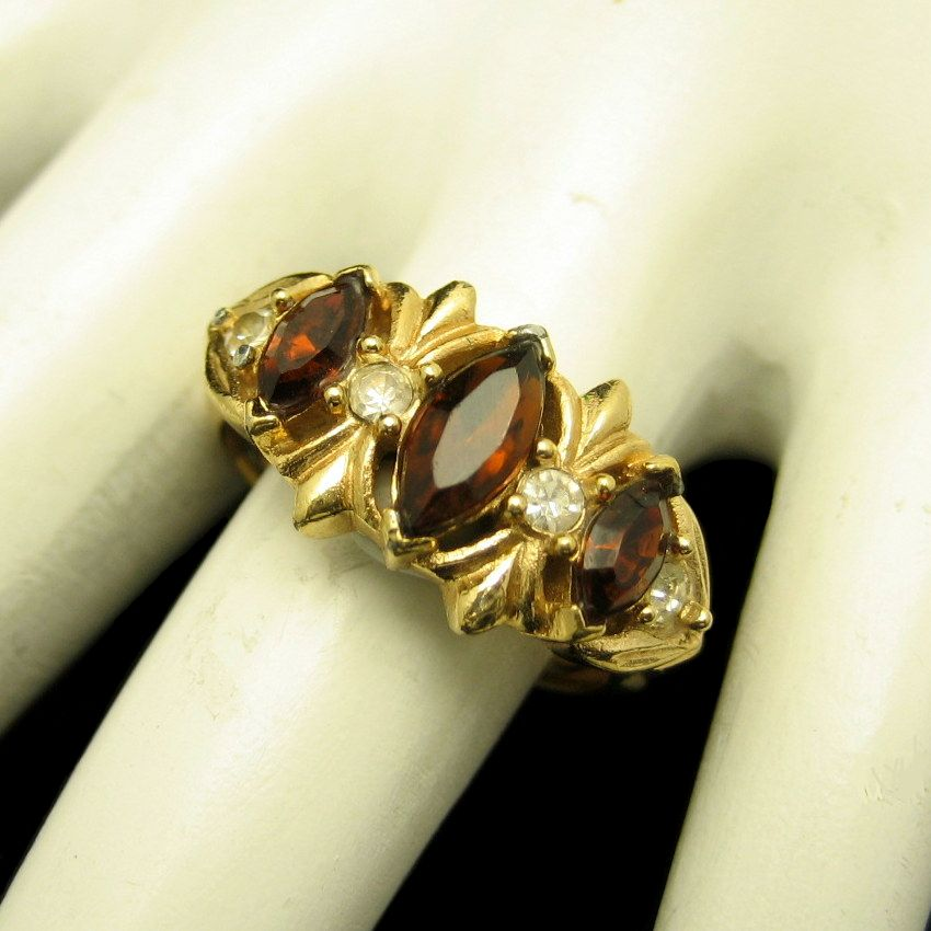 Avon Vintage Cocktail Ring Topaz Glass Rhinestones