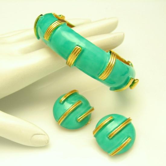 ORIGINAL BY ROBERT Vintage Wide Hinged Bangle Bracelet Earrings Green Enamel
