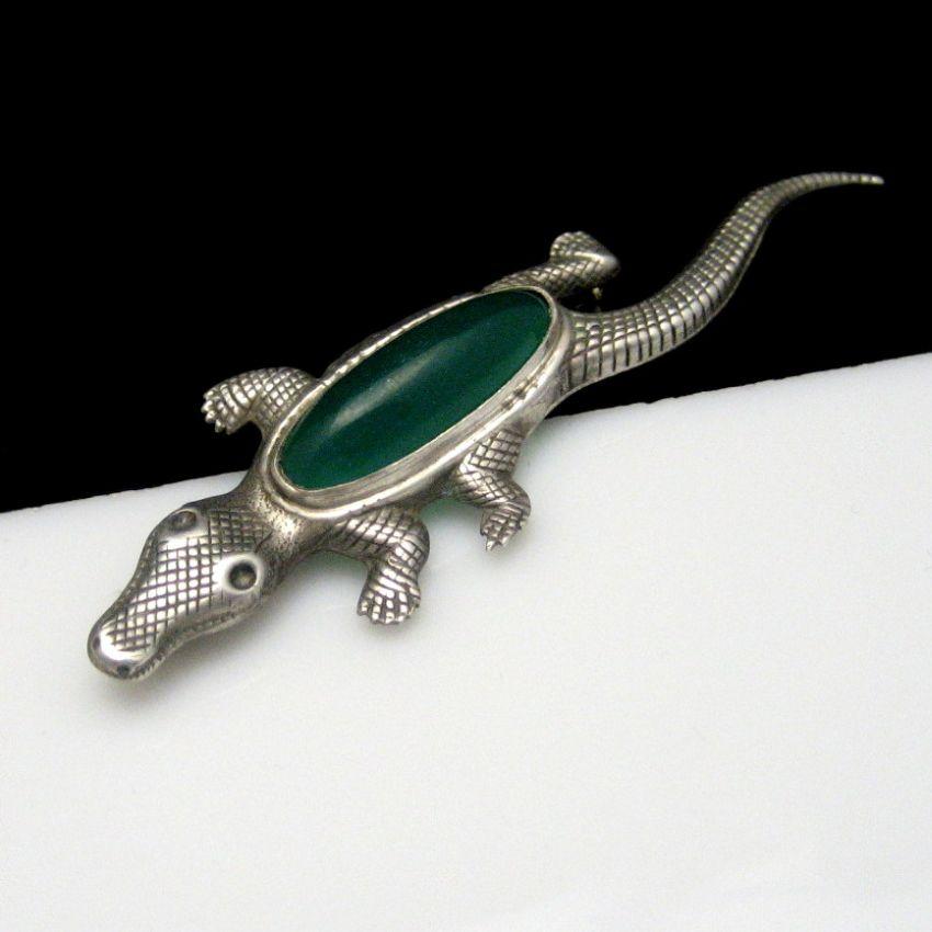 Vintage STERLING Silver Alligator Crocodile Brooch Pin Green Stone Nice Detail