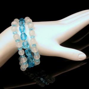JAPAN Vintage Glass Crystal Beads Bracelet Mid Century White Aqua 3 Strands Gorgeous