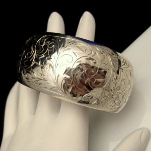 Signed SILVER Wide Engaved Cuff Bangle Bracelet Vintage Flowers Floral