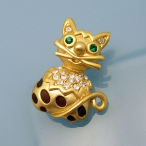 Vintage Cat Brooch Pin Mid Century Enamel Rhinestones Green Eyes Brown Spots Very Cute