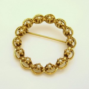 Vintage Faux Pearls Circle Brooch Pin Mid Century Open Wreath Style Charming Unique Delicate