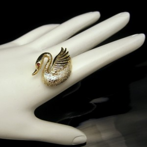 Vintage Swan Brooch Pin Mid Century Designer Figural Red Rhinestone Eye Lovely Charming