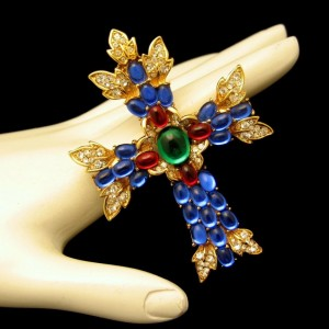 Trifari Vintage Large Maltese Cross Brooch Pin Pendant Glass Stones Rhinestones