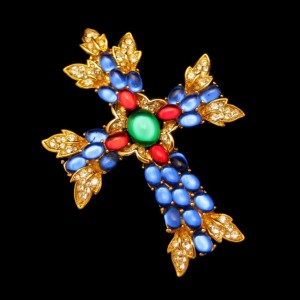 Trifari Vintage Large Maltese Cross Brooch Pin Pendant Glass Stones Rhinestones