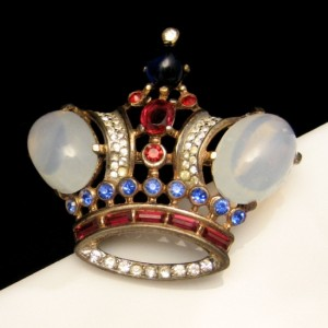 TRIFARI STERLING PAT PEND Vintage Brooch Pin Large Crown Patriotic Red White Blue Glass Stones