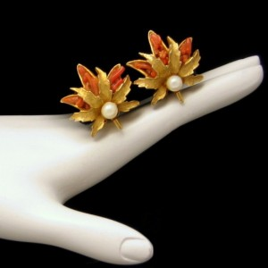 CAPRI Vintage Clip Earrings Mid Century Faux Pearl Coral Glass Leaf Matte Goldtone