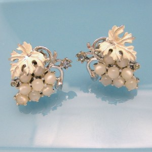 Mid Century Vintage Earrings Satin Glass Faux Moonstone Rhinestones Grapes Cluster