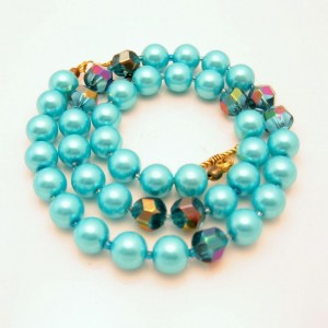 Vintage Blue Glass Faux Pearls Necklace AB Crystals Beads Very Pretty
