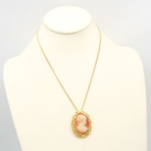 Vintage Cameo Pendant Necklace Mid Century Beautiful Lady Nice Detail Orange White Goldtone