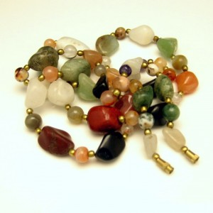 Vintage Necklace Mid Century Polished Agate Stones Multi Colors 31 inches Long