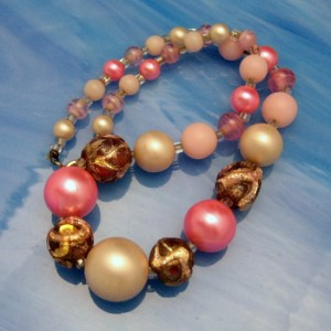 Vintage Collar Necklace Mid Century Pink Art Glass Carved Beads Chunky Slim Neck