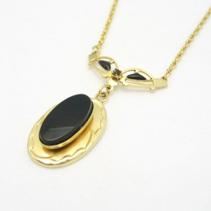 Vintage Victorian Revival Faux Onyx Pendant Necklace Mid Century Black Oval Stone Elegant