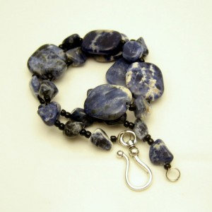 Vintage Necklace Mid Century Large Chunky Denim Sodalite Beads Striking Color Variations