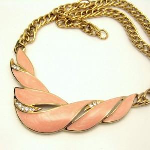 TRIFARI Vintage Necklace Pink Enamel Rhinestones Pendant Thick Goldtone Chain