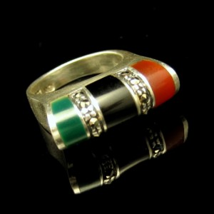 925 Sterling Silver Vintage Ring Inlaid Jade Onyx Carnelian Marcasites