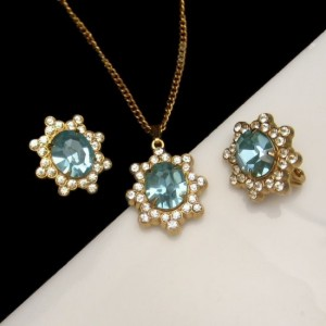 CORO PAT PEND Vintage Rhinestone Necklace Earrings Mid Century Aqua Rare Retro Set Pretty