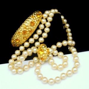 Vintage Faux Pearls Necklace Bangle Bracelet Orange Rhinestones Hinged NOS