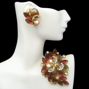 Vintage Brooch Pin Earrings High End Jewelry Set Fruit Salad Art Glass Rhinestones