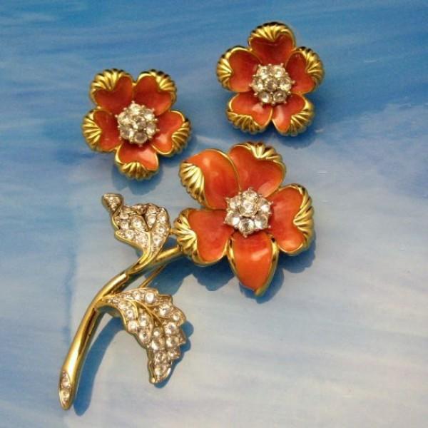 NOLAN MILLER Vintage Brooch Pin Earrings Coral Enamel Rhinestones Set Flowers Gorgeous