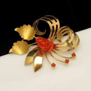 Vintage 18K 750 Gold Swirl Coral Rose Brooch