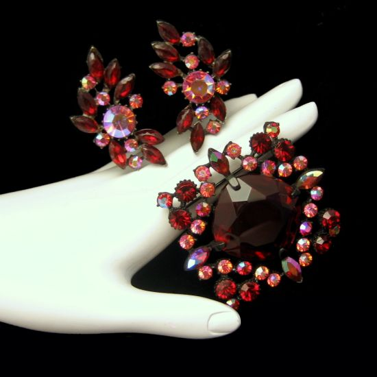 Rare CLAUDETTE Vintage Japanned Red Brooch Pin Earrings Set BOOK PIECE from myclassicjewelry.com