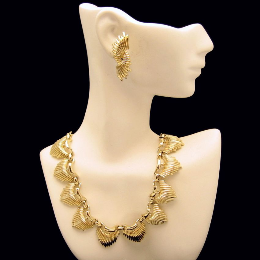 CORO Vintage Necklace Earrings Set Modernist Spiked Half Moons Gold Plated from myclassicjewelry.com & Coro Corocraft Francois Vendome Vintage Costume Jewelry at ...
