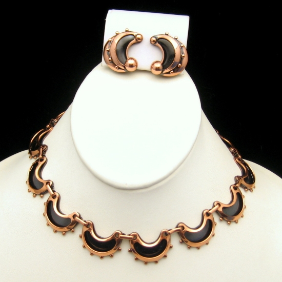 Early RENOIR Vintage Anodized Copper Necklace Earrings Set from myclassicjewelry.com