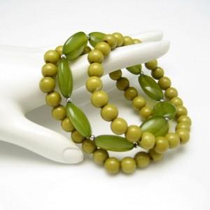 3 Vintage Bracelets Mid Century Acrylic Lucite Beads Olive Green Mod Style Stretch Pretty