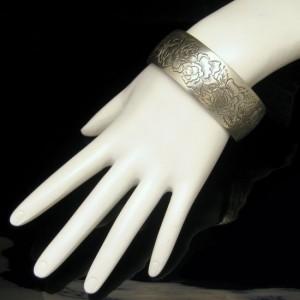 Kirk Pewter Wide Cuff Bangle Vintage Bracelet Rose Flowers June Birthday Gift Box