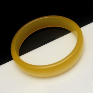 Vintage Bangle Bracelet Mid Century Lucite Moonglow Yellow Butterscotch Large 8 inches