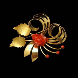 Vintage Italy 18K 750 Gold Coral Rose Swirled Flower Brooch Pin Pendant Red