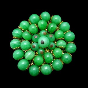 Mid Century Faux Jade Green Art Glass Vintage Brooch Pin Large Circle Pretty Beads