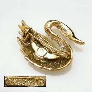 Vintage Swan Brooch Pin Mid Century Designer Figural Red Rhinestone Eye Lovely Charming