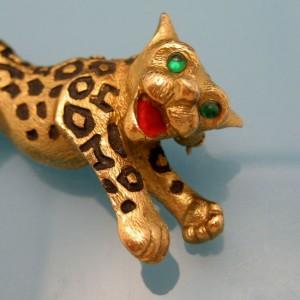 JOMAZ Vintage Leopard Brooch Mid Century Figural Pin Green Glass Eyes Joseph Mazer Bros
