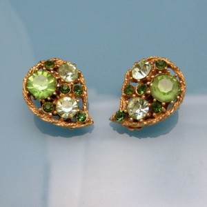 WEISS Vintage Clip Earrings Mid Century Green Rhinestone Teardrop Gold Plated Unique Design