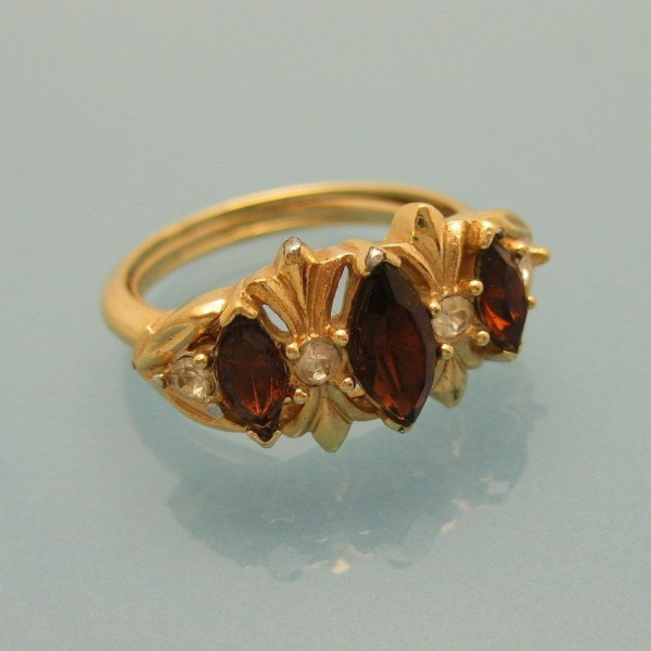 Avon Vintage Cocktail Ring Mid Century Topaz Glass