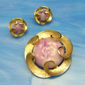 MARVELLA Vintage Brooch Pin Earrings Mid Century Purple Art Glass Swirls Set Matte Goldtone